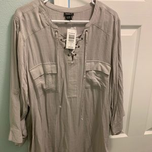 Torrid size 3 pullover shirt